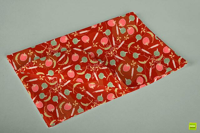 Tafelkleed met veggies rood patroon