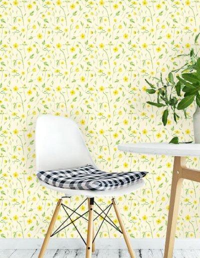 behang met boterbloemenpatroon